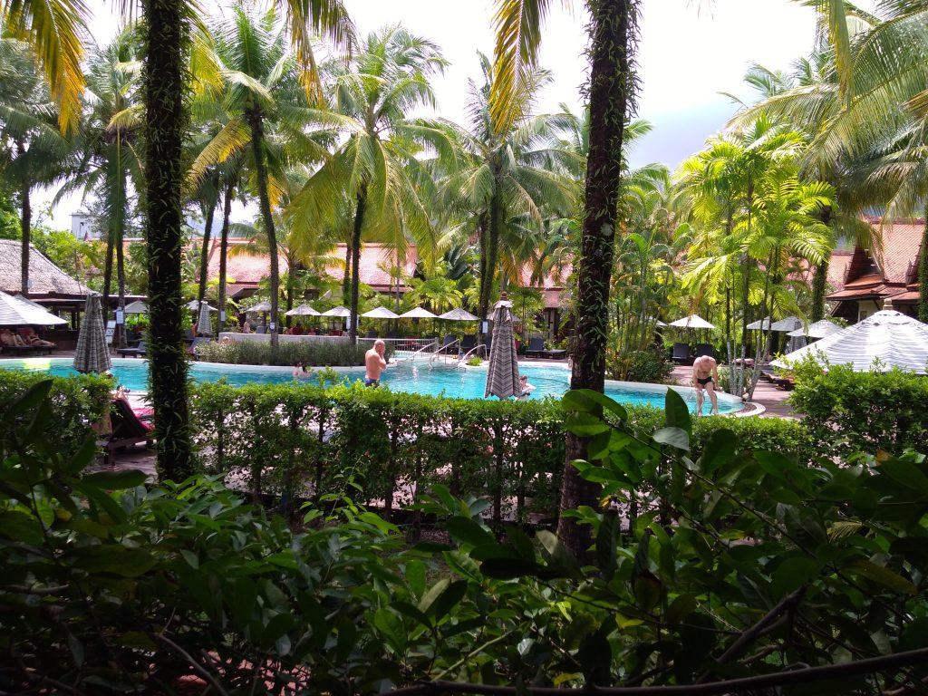 La piscine du  Khaolak Bhandari Resort & Spa