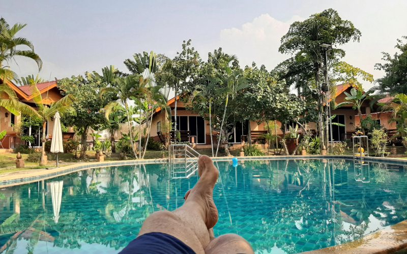 Piscine à l'Inter Minigolf de Chiang mai