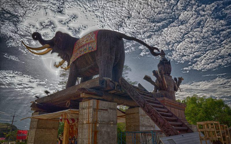Monument Bouddhiste à Chai Sathan, Saraphi, Province de Chiang Mai