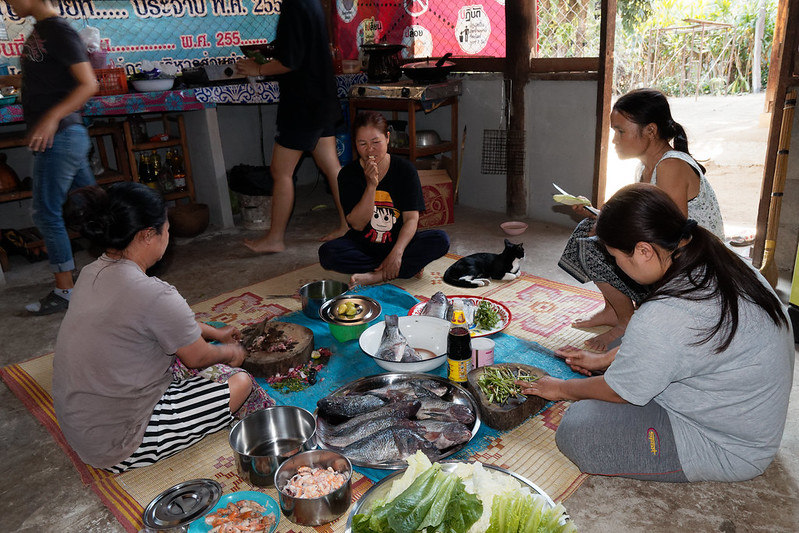 Repas de Mariage Thaïlandais à Mae wak - Mae Nachon, Mae Chaem District, Chiang Mai - OnaKuneVie